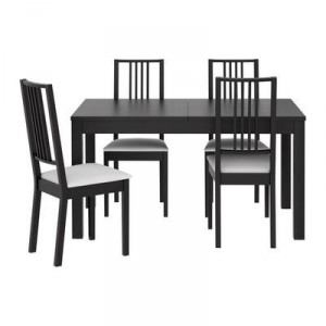 Dining room furniture in Japanese style - simplicity and rigor